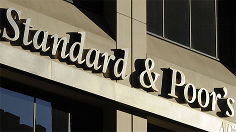 S&P revises Cyprus outlook to positive